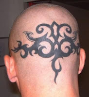tatouage tribal sur le corps