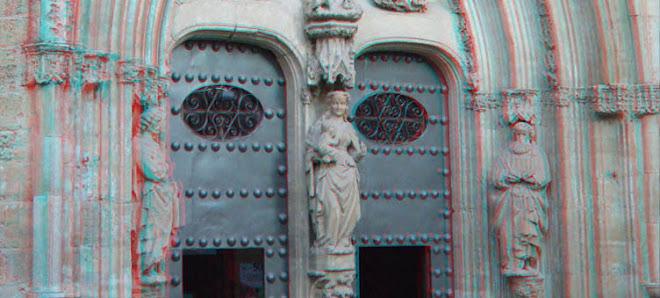 Portico entrada iglesia de Chichilla
