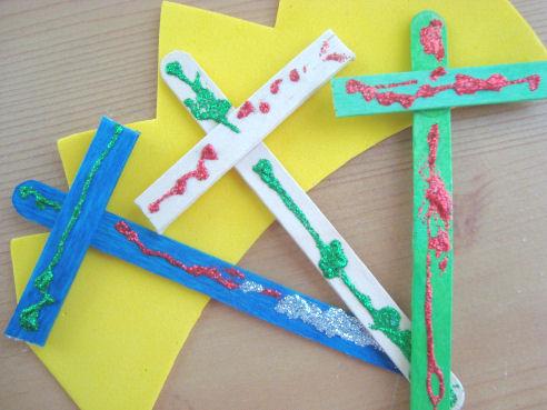 http://4.bp.blogspot.com/_pUXaddJMQyw/TS3TiMaKh8I/AAAAAAAAEls/rLdTqBH4D0I/s1600/christ+the+king+craft+2.jpg