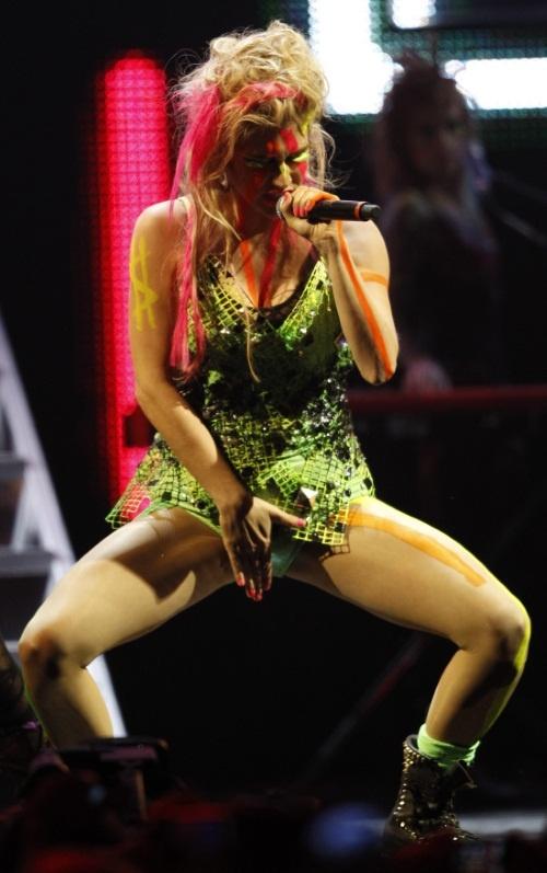 Den amerikanska sj rnan Ke ha g r rakt upp till toppen av Billboard Hot 100