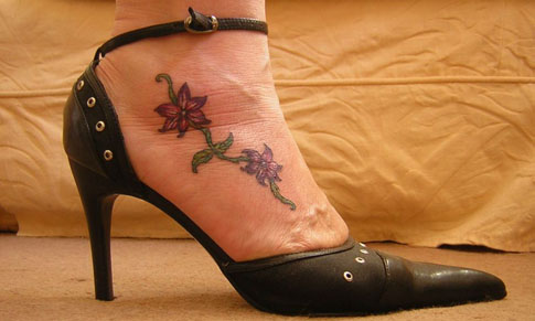 Tattoos information ankle tattoos anklet tattoo