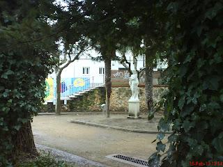 escultura parque Miguel Servet Huesca