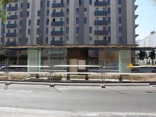 plantas sobre parada tranvía de Zaragoza