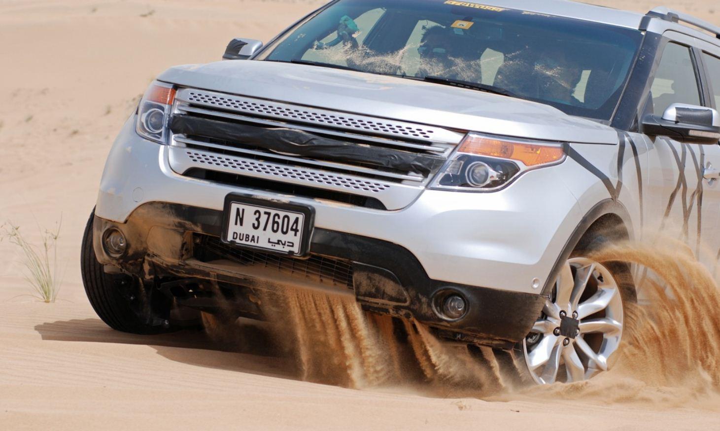 http://4.bp.blogspot.com/_pXnW36GSjVA/TGrXcnTFykI/AAAAAAAACKY/KIiKxeLBSWw/s1600/2011+Ford+Explorer.JPG