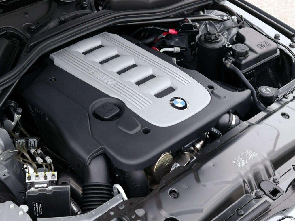 BMW 520d Touring SE Engine Specification