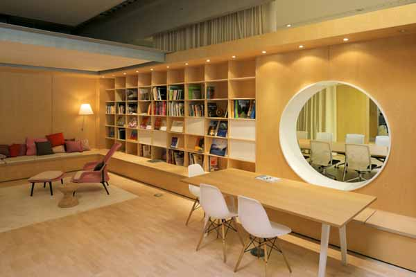 Home Design Ideas: Innovative Office Furniture Sets Were Designed by ...