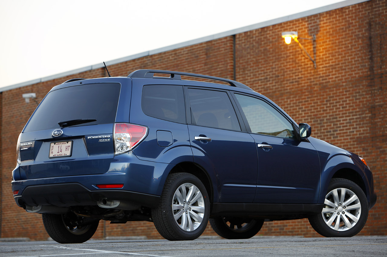 2011 Subaru Forester HD Wallpaper