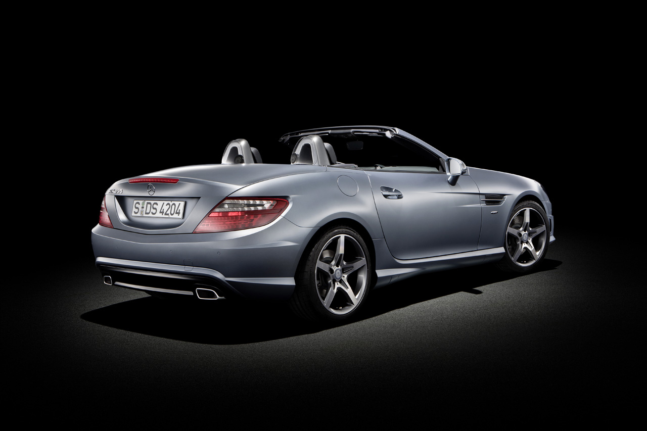 2013 MERCEDES-BENZ SLK DESIGN