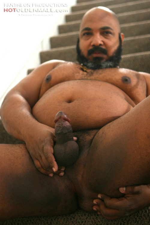 Chubby black men king