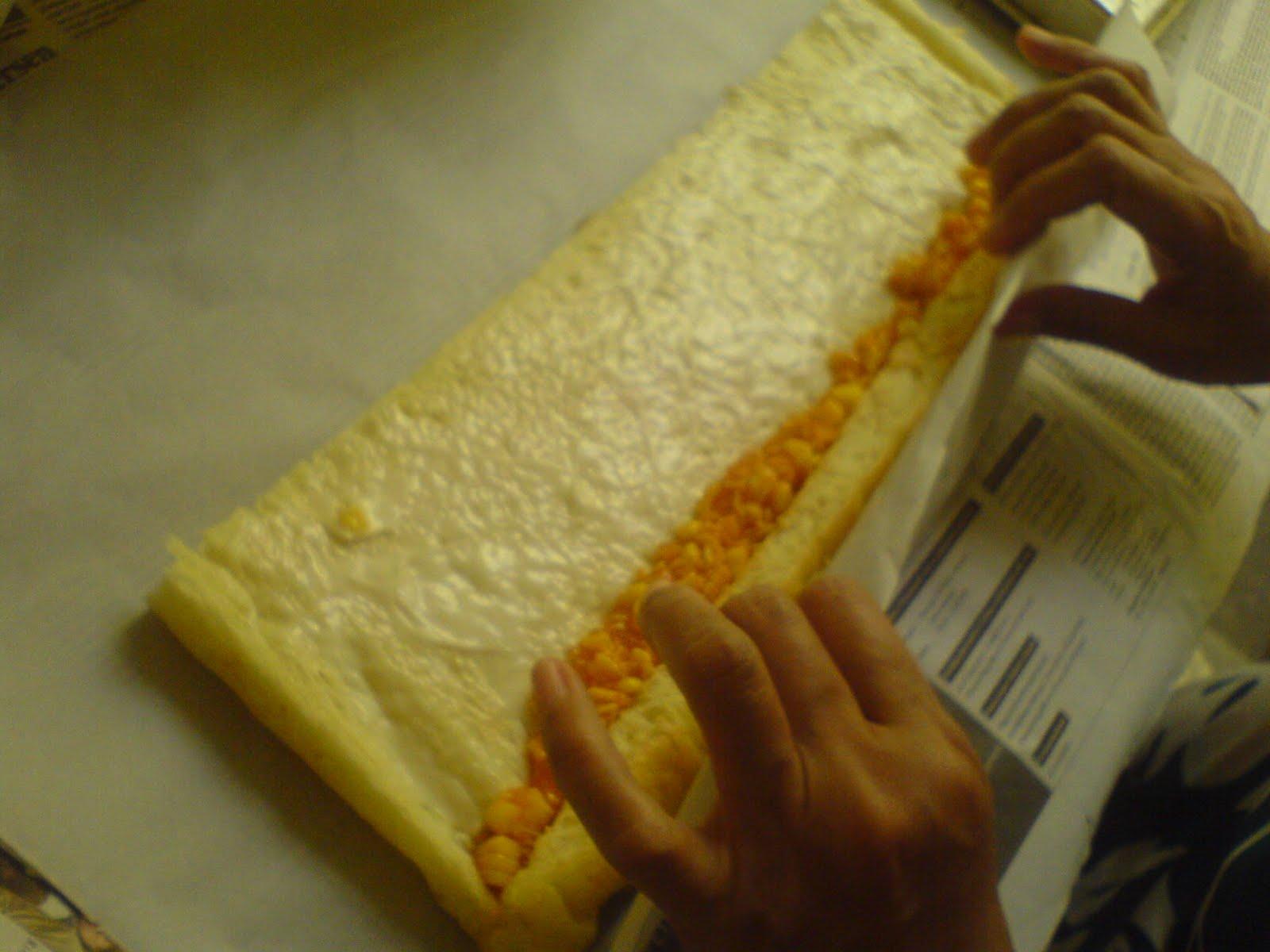 Cara membuat roti gulung jagung