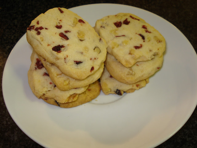 Death By Cupcakes: Cranberry Walnut Shortbread Cookies