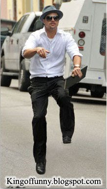 Brad Pitt Funny Floating Images pic and Pictures