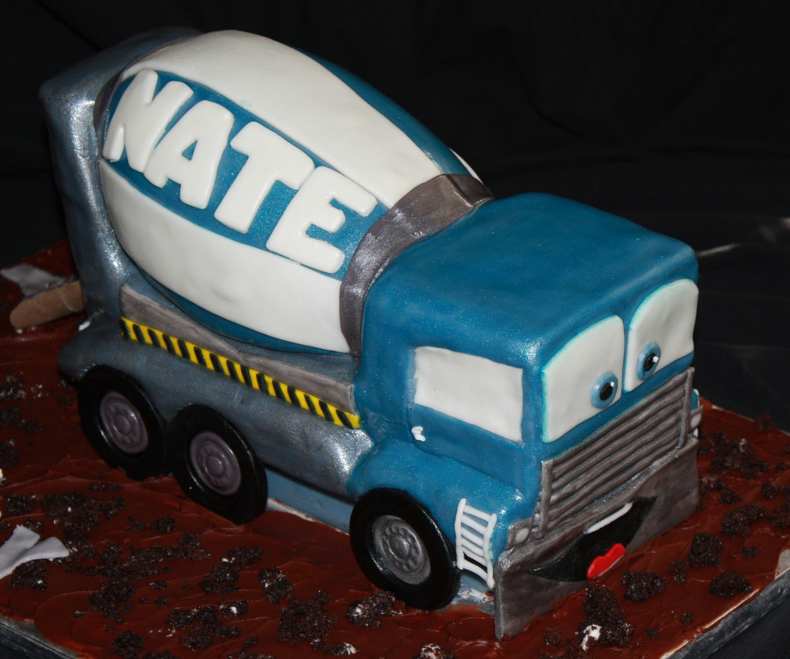 The Cake Mama: Cement Mixer