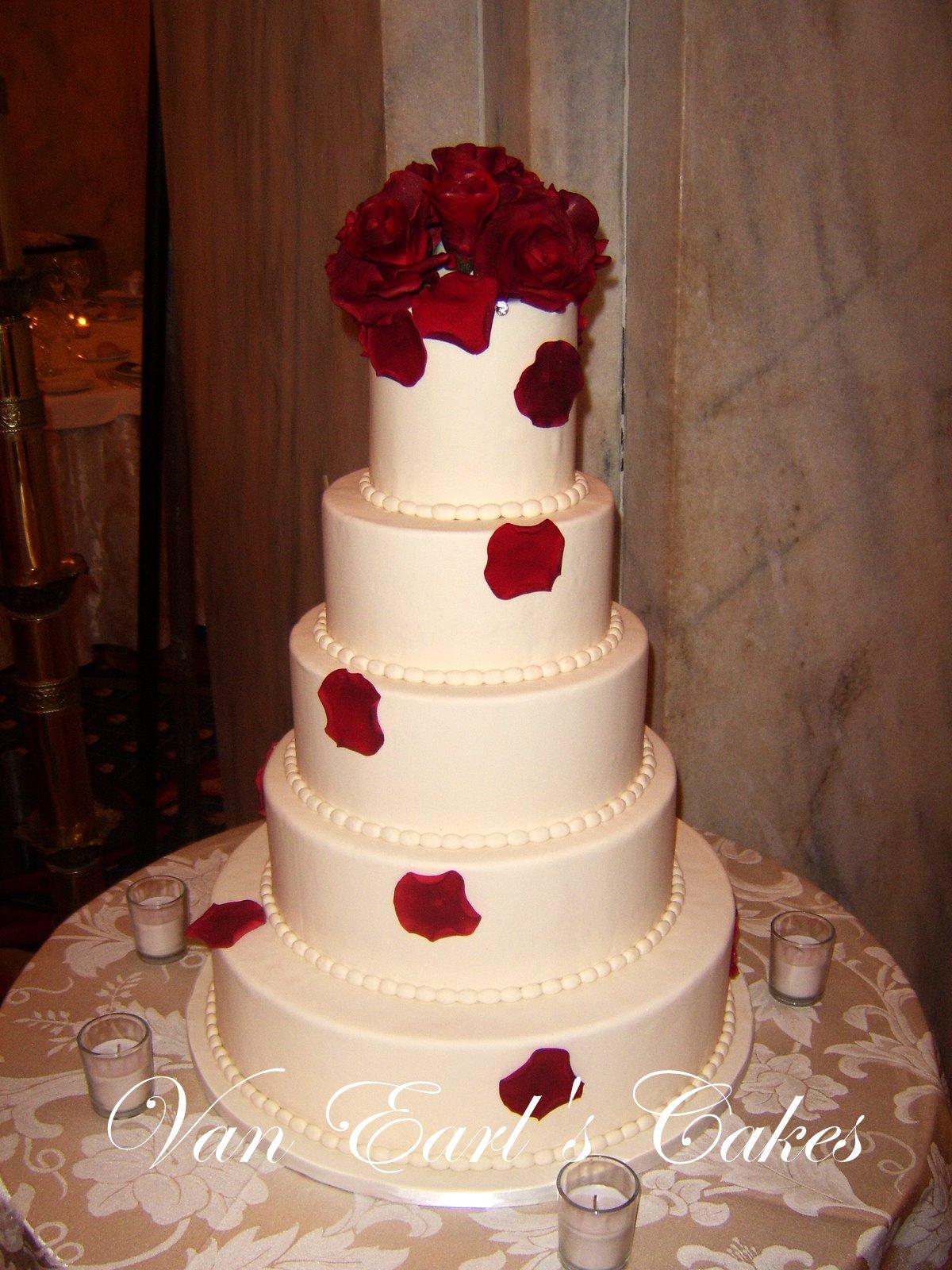 van earl 39 s cakes red rose wedding cake. Black Bedroom Furniture Sets. Home Design Ideas