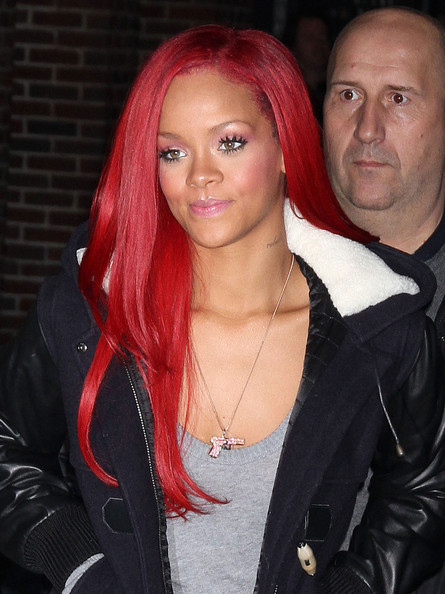 new rihanna hair 2011. rihanna red hair 2011. rihanna