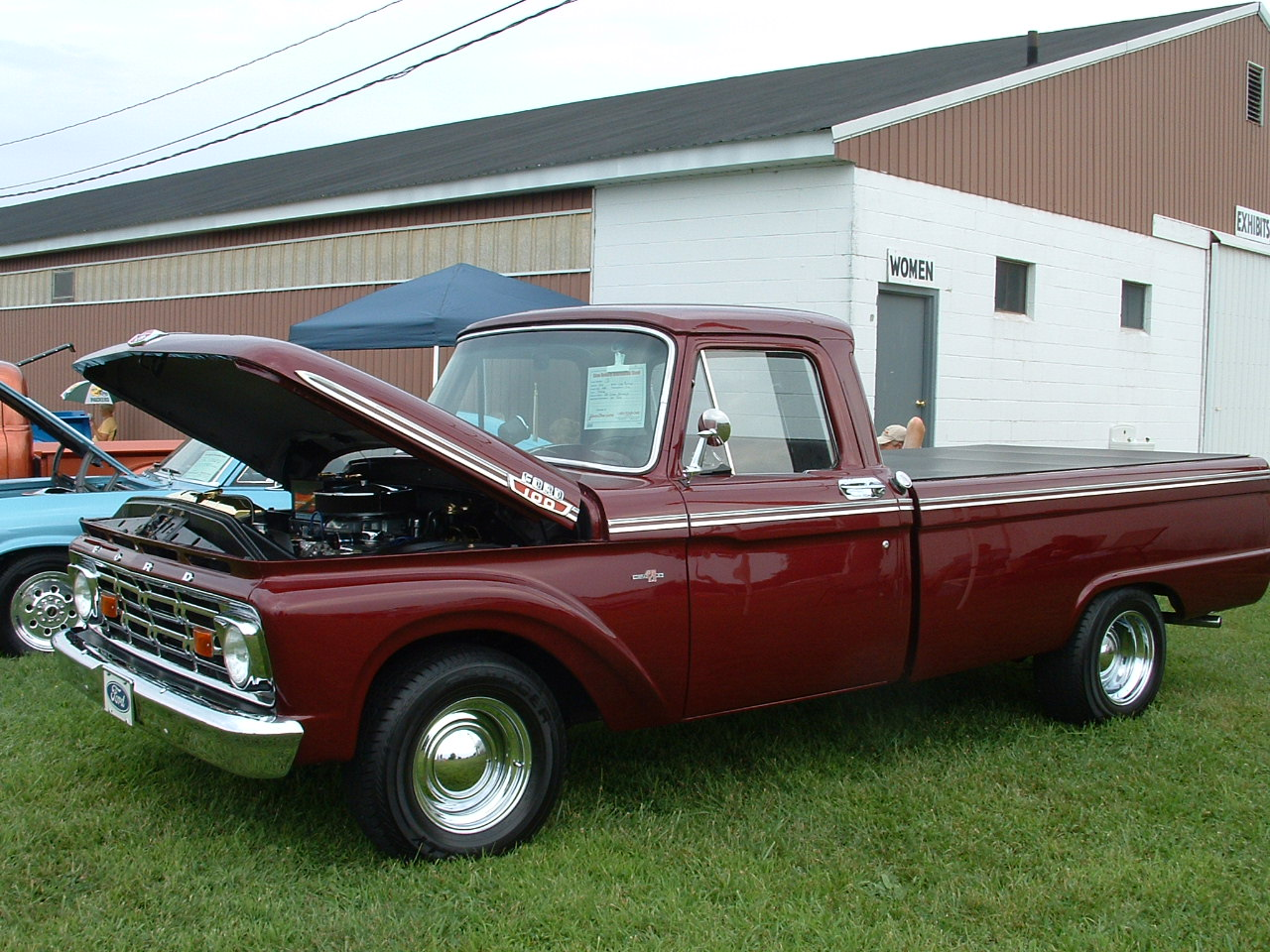 1964 Ford F100 powered by