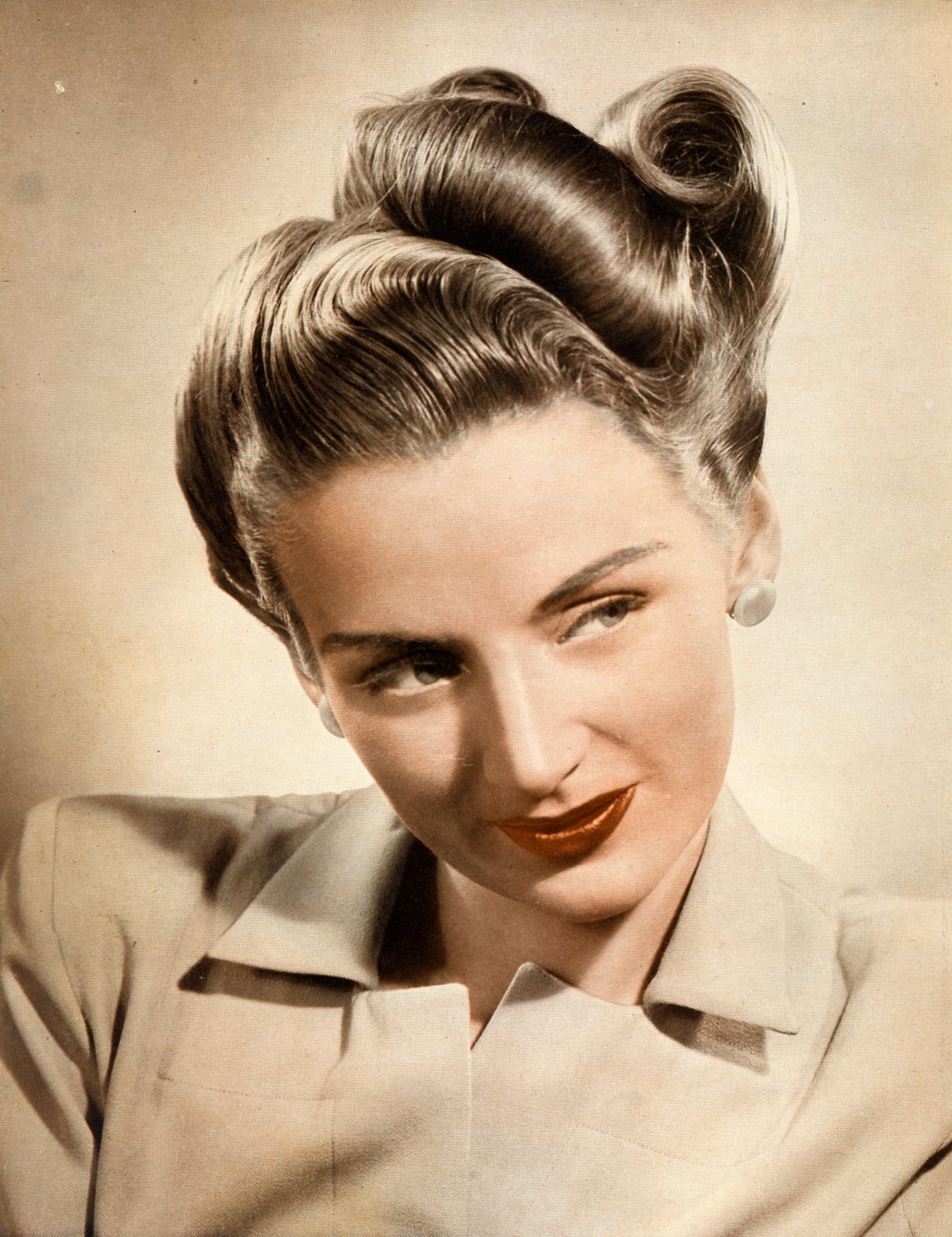 Curly Hair Vintage Style : Beauty is a thing of the past august