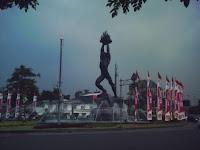 Patung Pemuda Membangun Jl. Sudirman, Jakarta Selatan