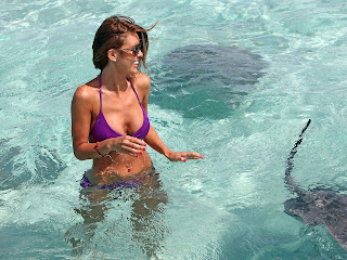 Hot model Audrina Patridge in bikini