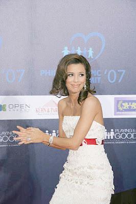 Eva Longoria Play For Good Foundation