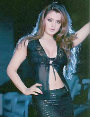 Amisha Patel Maxim