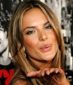 Adriana Lima - Modelo