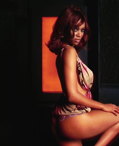 New Tyra Banks: Tyra Banks Latest Photoshoot