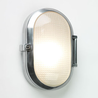 Toronto oval outdoor bulkhead in satin silver finish with prism glass