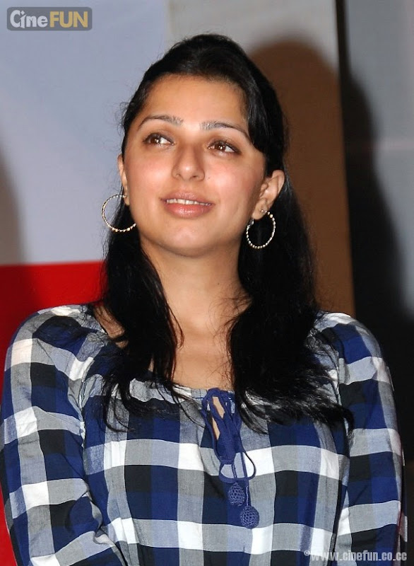 Bhumika Chawla Latest Stills gallery pictures