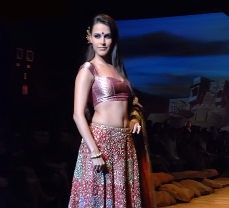 , Neha Dhupia Ramp Walk Pics from Ritu Kumar Show