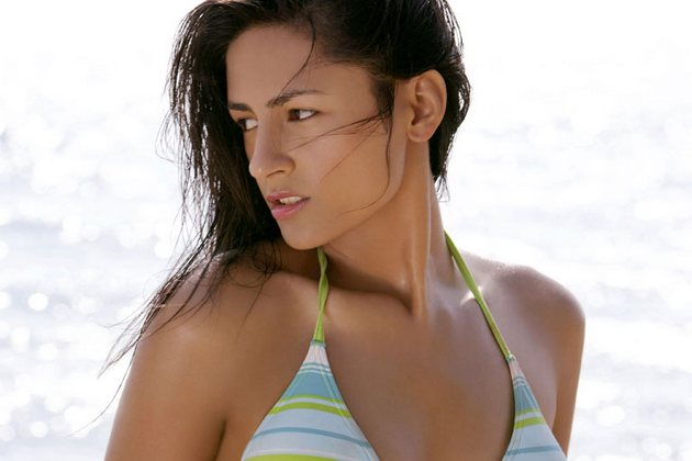 Hindi movie Prince actress Bikini wallpapers. Latest Bollywood movie Prince
