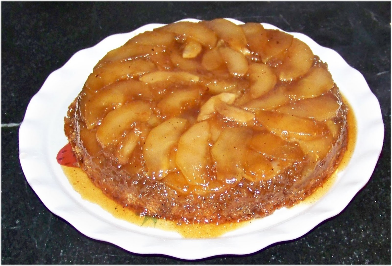 Sugar & Spice in the land of Balls & Sticks: Apple Upside-Down Cake