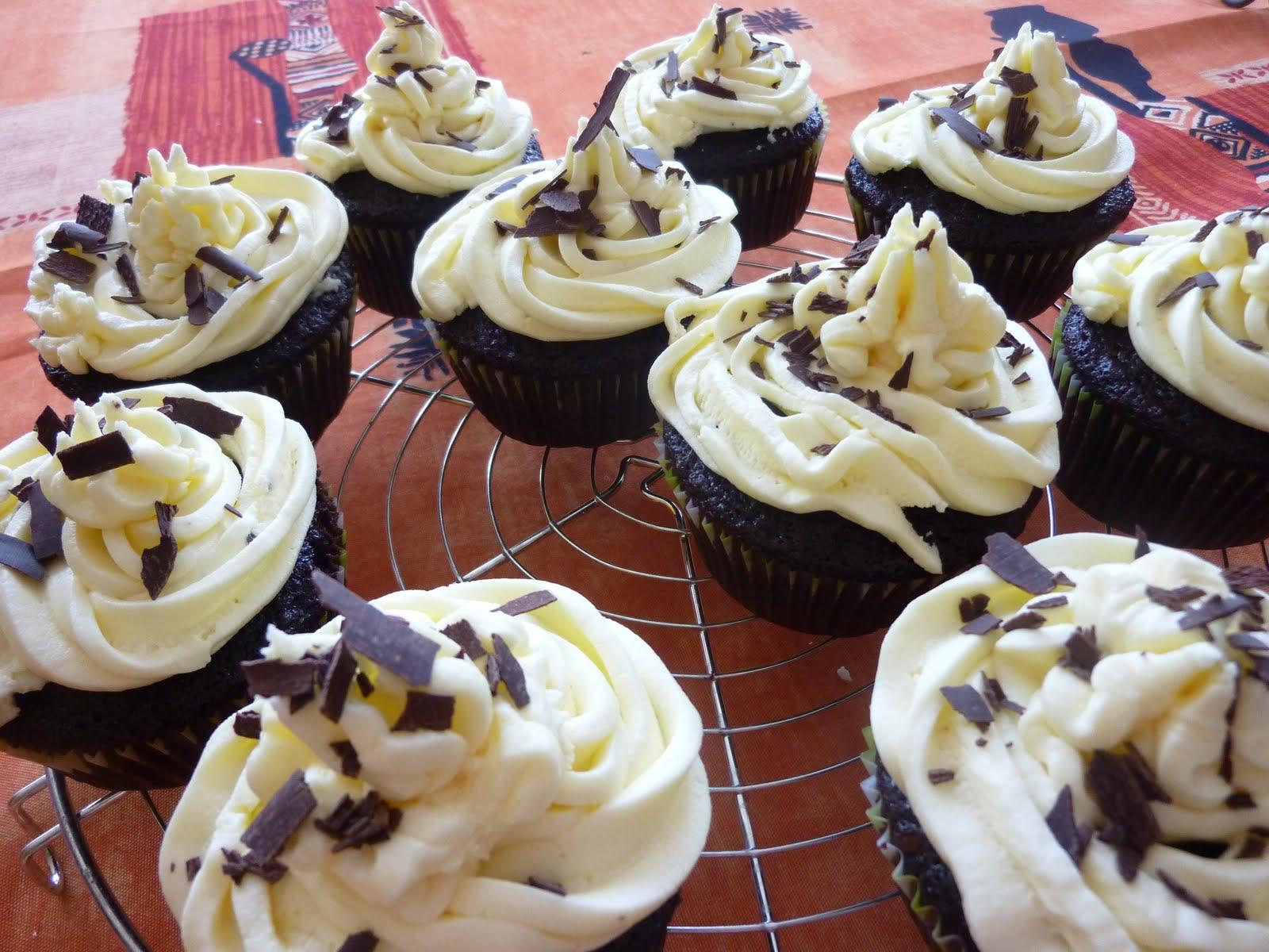 my vegan revolution cupcakes vegan au chocolat gla age la vanille. Black Bedroom Furniture Sets. Home Design Ideas