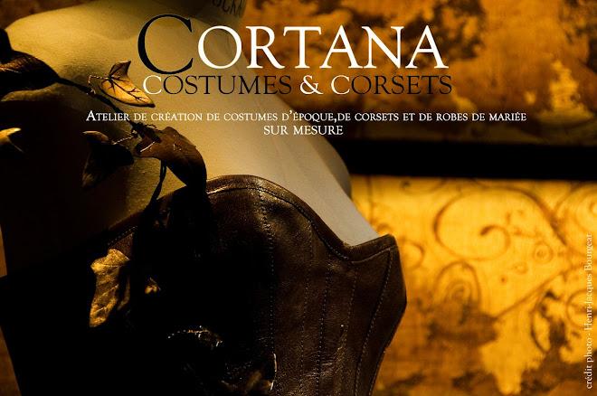 Cortana, costumes et corsets