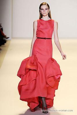 carolina herrera osen zima 2010 2011 1 Вечірні сукні (фото). Вечірні плаття від знаменитих Будинків Мод