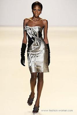 carolina herrera osen zima 2010 2011 4 Вечірні сукні (фото). Вечірні плаття від знаменитих Будинків Мод