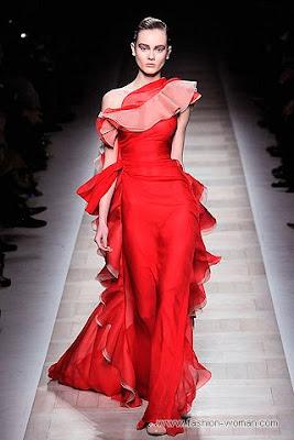 valentino osen zima 2010 2011 6 Вечірні сукні (фото). Вечірні плаття від знаменитих Будинків Мод