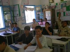 Chehir et ses camarades en cours du français!