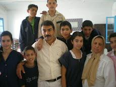 avec leur maître d'Arabe et la directrice!