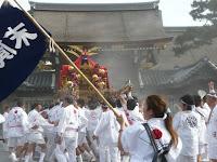 今年も京都御所で神輿を参内した