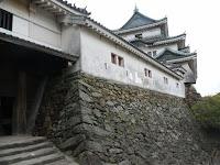 入城門から見上げた天守閣