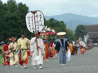 町衆による風流踊りが流行した