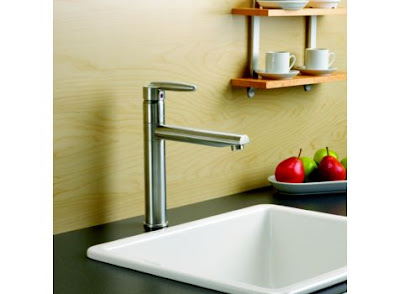 Delta 185LF Grail Single Handle Kitchen Faucet