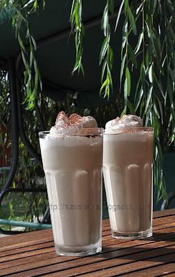 Articole culinare : Cafea cu lapte