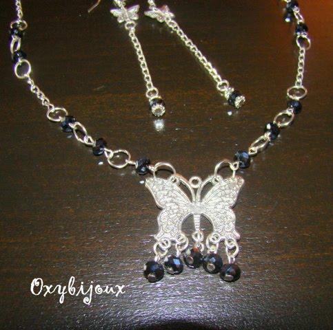 Set cercei si colier cu pandantiv fluture si cristale negre AB - pret 32 ron-VANDUT