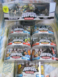 Star Wars Galactic Heroes Episode V The Empire Strikes Back Chewbecca Disassembled C-3P0 4-Lom Bossk IG-88 Zuckuss Luke Skywalker Han Solo Lando Calrissian Princess Leia Darth Vader Snowtrooper Rebel Trooper Battle of Hoth TaunTaun General Veers Wampa