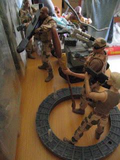 Stargate SG1 Jack O'Neil Samantha Carter Daneil Jackson Teal'c Gould Matrix Sentinel Desert