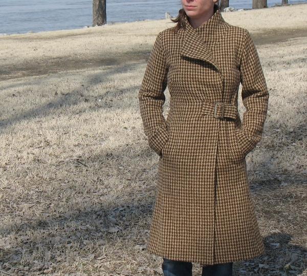 De Novo Style - Houndstooth Coach Coat