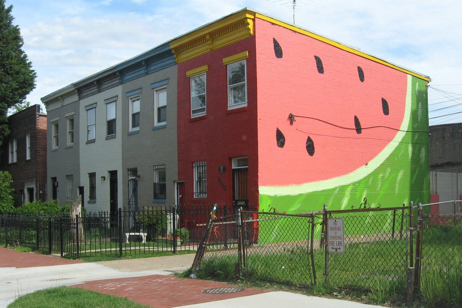 http://4.bp.blogspot.com/_pzKVH4KGXTc/SD3Nnk4mY6I/AAAAAAAAAPs/T40FKCUIv78/s1600/Watermelon+House,+DC,+IMG_0688.JPG