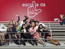 ERRATA: S.A. Factoides & Versao brasileira de Glee